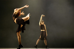 delfos-danza-contemporanea-by-lois-greenfield-6